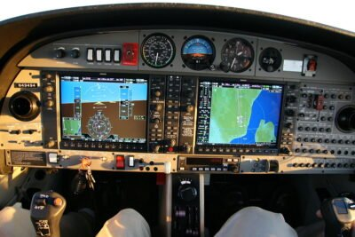 Garmin G1000 installation